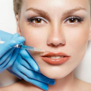 cosmetic-surgery-face-istock-600x315 copia